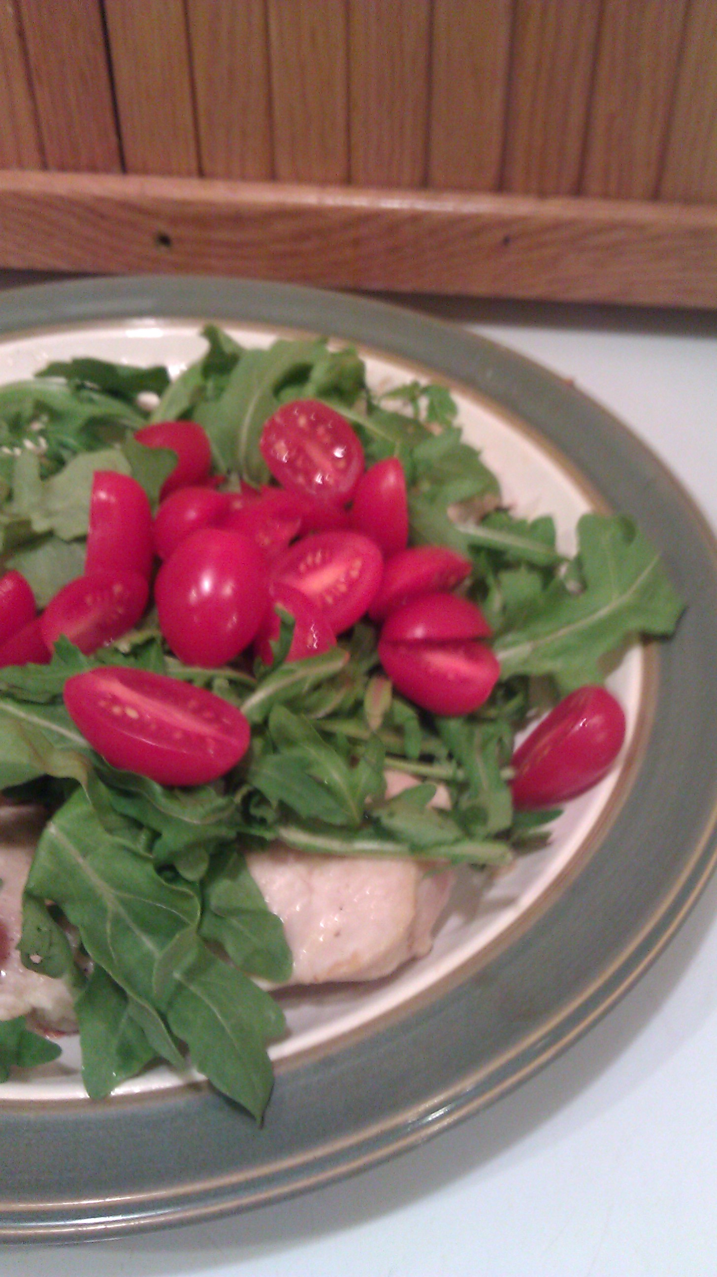 Chicken topped with Arugula and Tomatoes