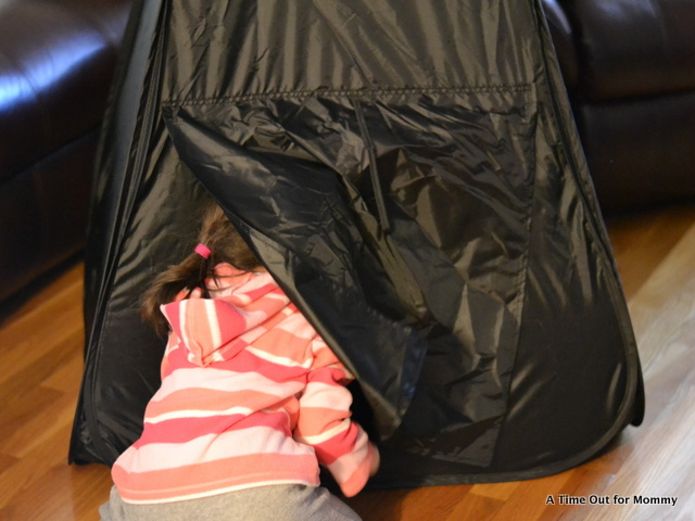 GLOW DOME-002 & Glow Crazy Doodle Dome Review and Giveaway - A Time Out for Mommy