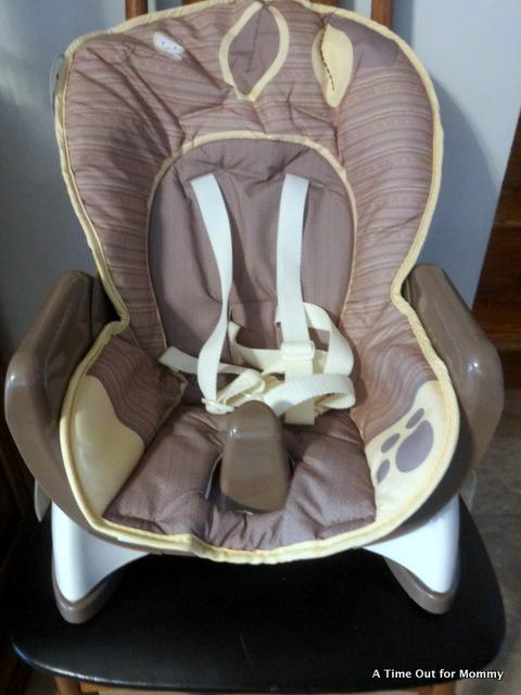 a98b9289b6bd1 Fisher Price SnugaBear SpaceSaver High Chair Review!