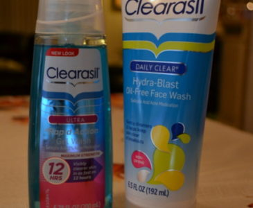 Nipping Adult Acne with Clearasil. #ClearasilMom #MC #Sponsored