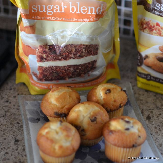 Using Splenda as a Sugar Substitute in Mini Chocolate Chip Muffins #SweetSwaps