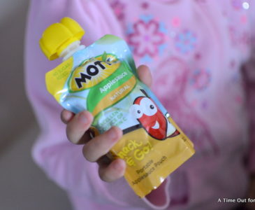 Getting Creative While Snacking on The Go  #Motts #spon