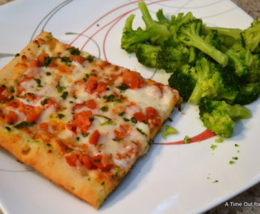 A Busy Weeknight Family Meal Done Right With @DiGiorno