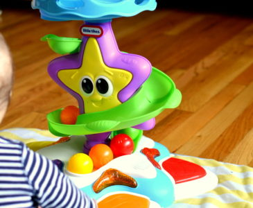 Teaching Cause and Effect with Little Tikes Stand & Dance Starfish!