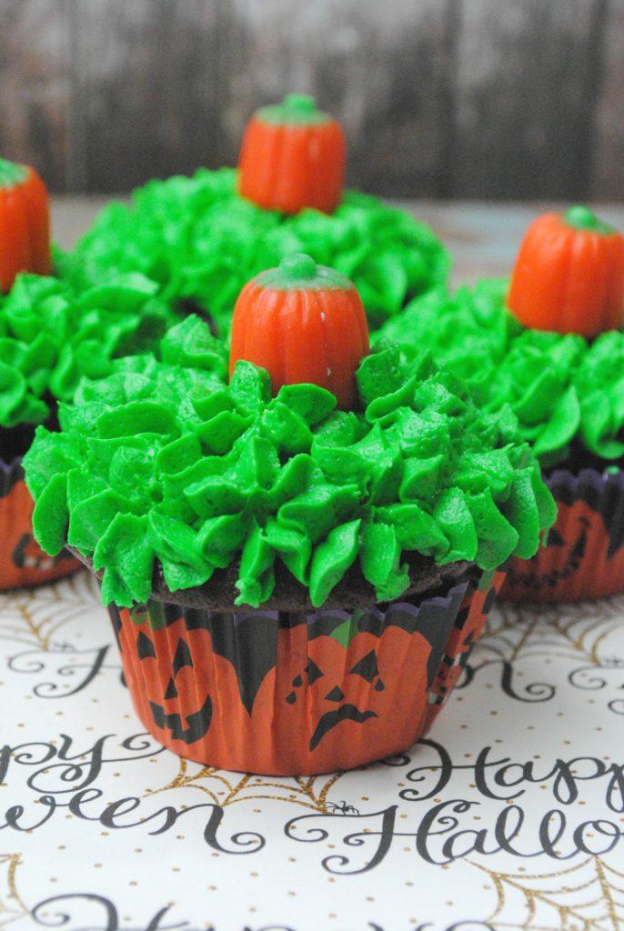 pumpkin-cupcakes-3-4