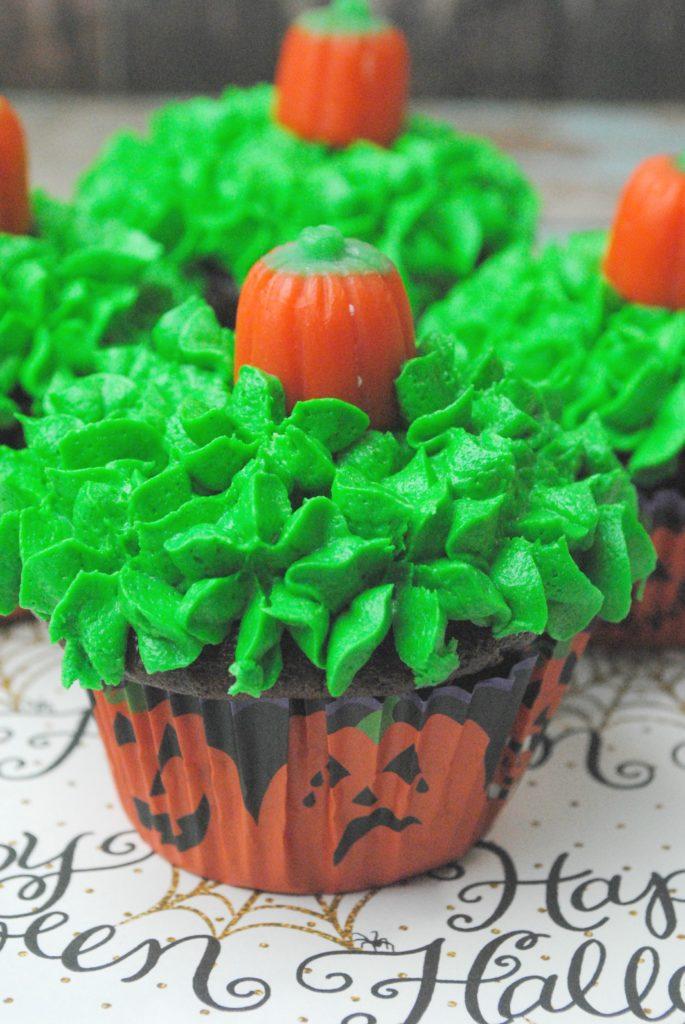pumpkin-cupcakes-3-5