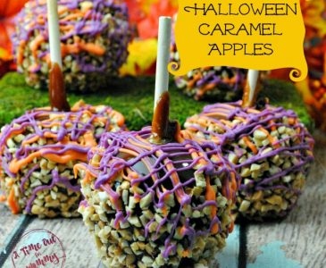 Super Easy Halloween Caramel Apples With the Kids