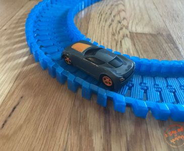 We found and awesome Flexible Racing Track System!